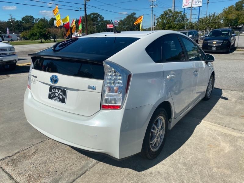 Toyota Prius 2010 price $7,994