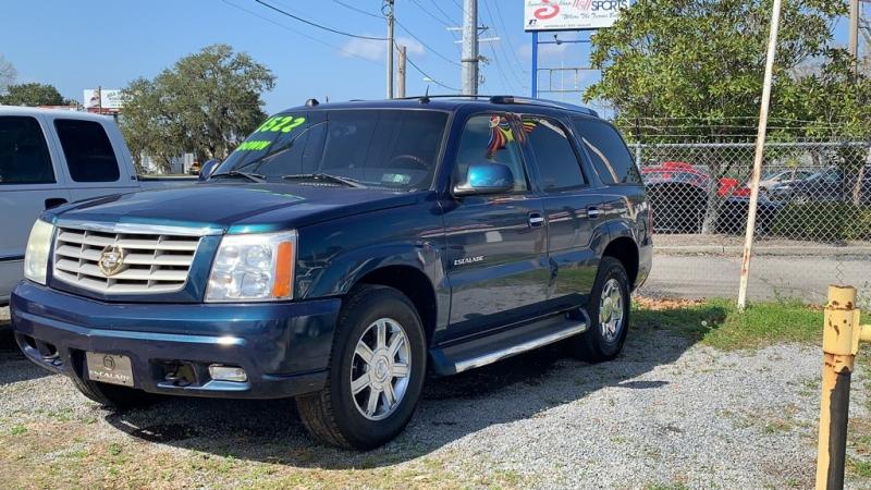 Cadillac Escalade 2005 price $7,194