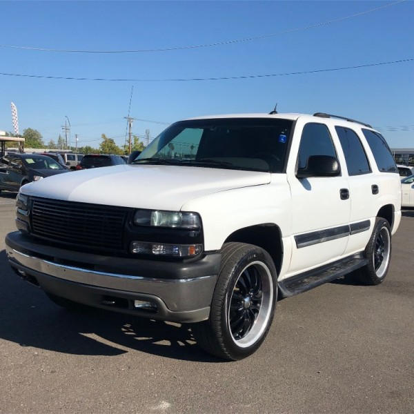 Chevrolet Tahoe 2005 price $7,999