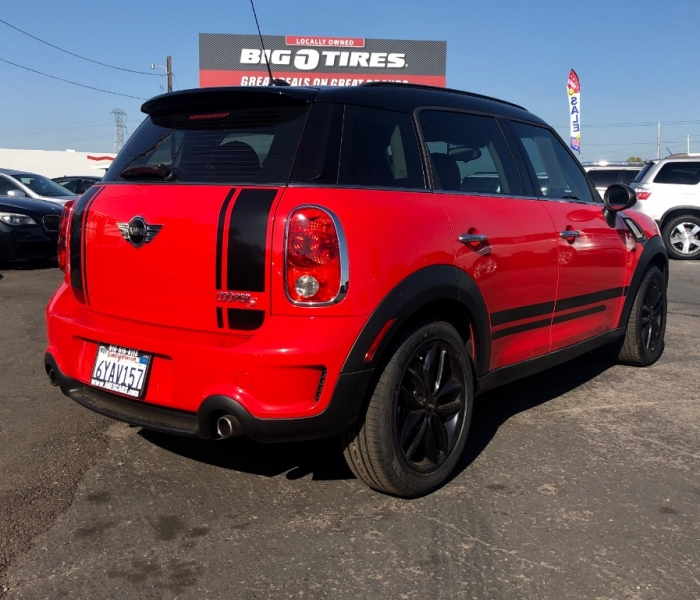Mini Cooper Countryman 2012 price $8,999