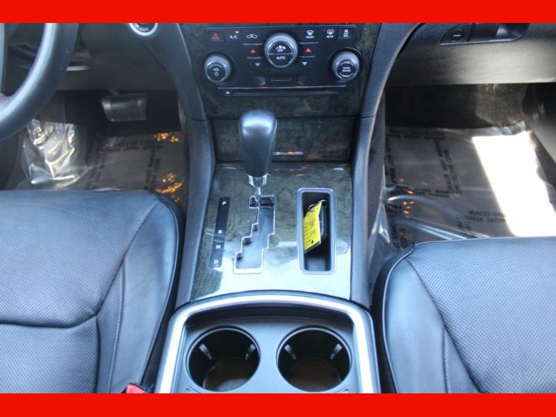 Chrysler 300 2013 price $11,999