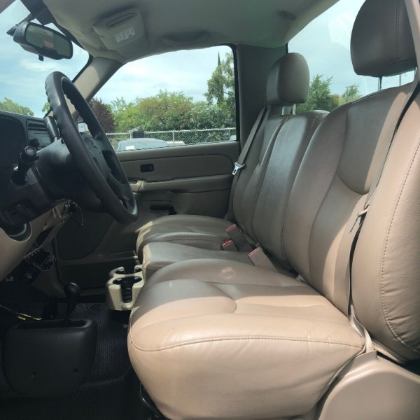 Chevrolet Silverado 1500 2005 price $9,300