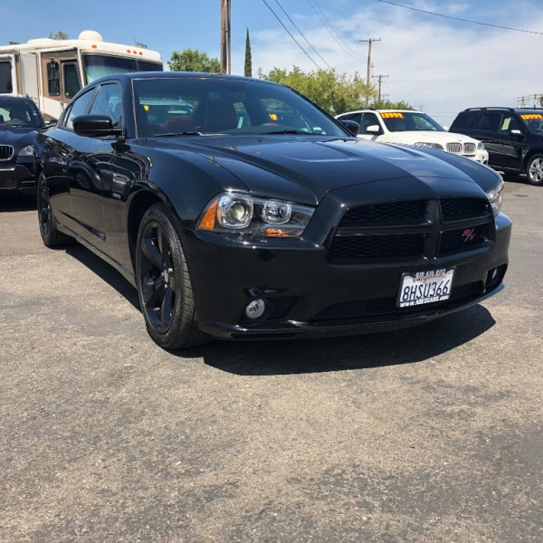 Dodge Charger 2013 price $14,999