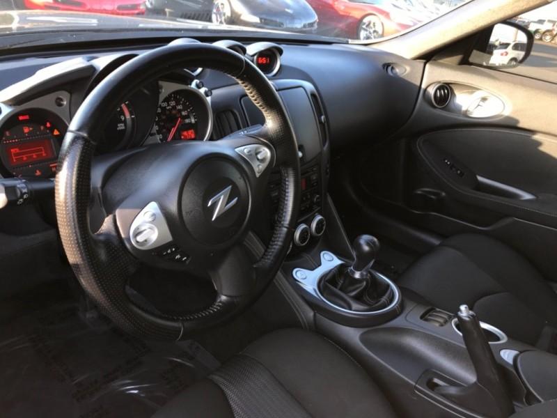 Nissan 370 Z 2016 price $20,999
