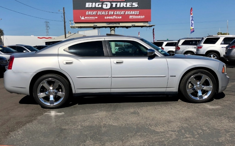 Dodge Charger 2007 price $8,500