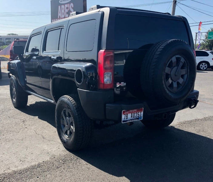 Hummer H3 2007 price $8,999