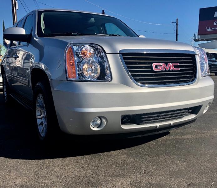 GMC Yukon XL 2011 price $15,999