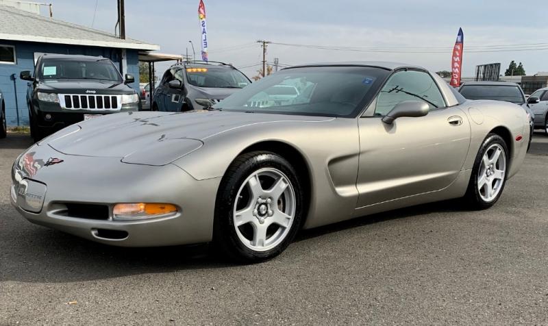Chevrolet Corvette 1999 price $11,999