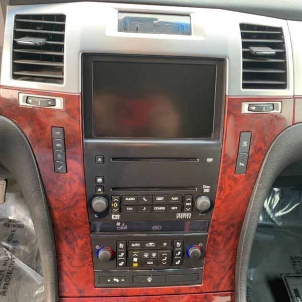 Cadillac Escalade 2007 price $11,999