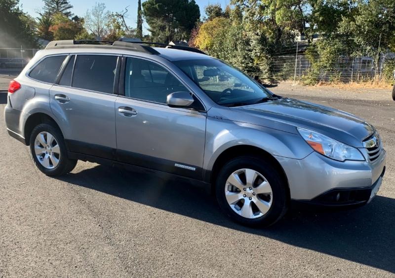 Subaru Outback 2010 price $7,999