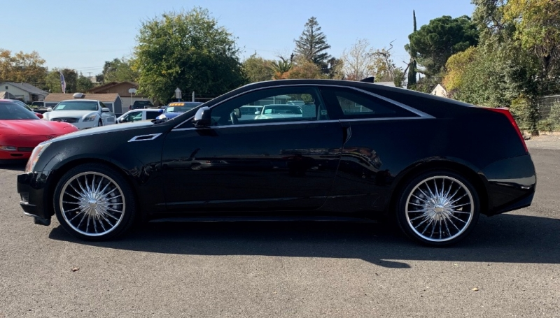 Cadillac CTS Coupe 2013 price $13,999