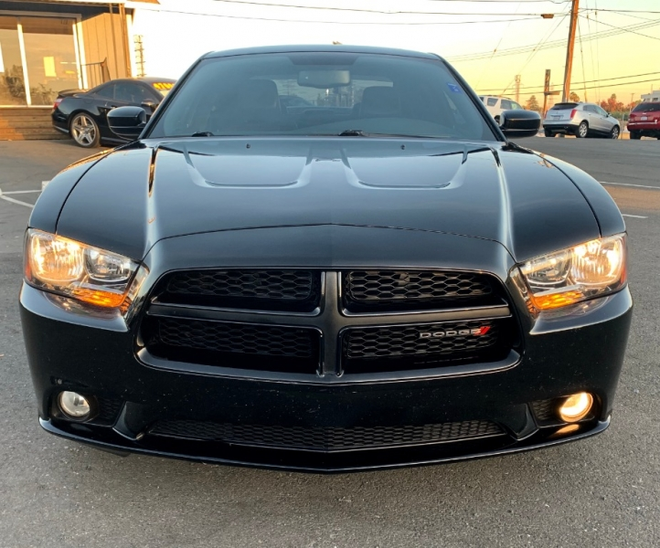 Dodge Charger 2013 price $15,999