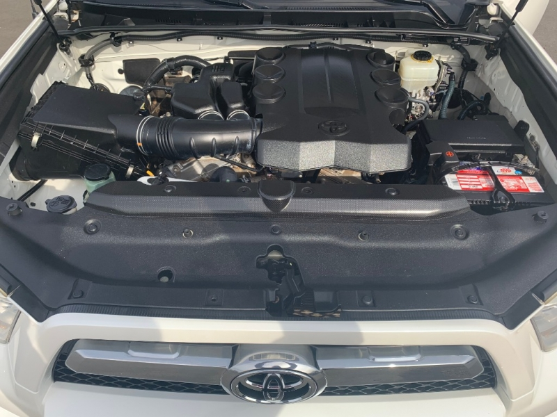 Toyota 4Runner 2010 price $17,999