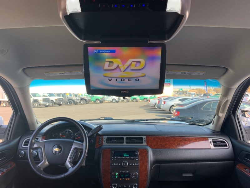 Chevrolet Suburban 2011 price $11,999