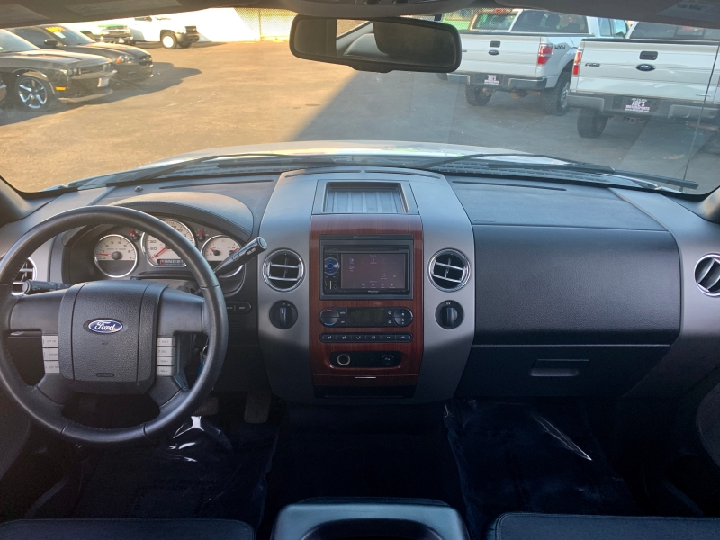 Ford F-150 2006 price $11,999