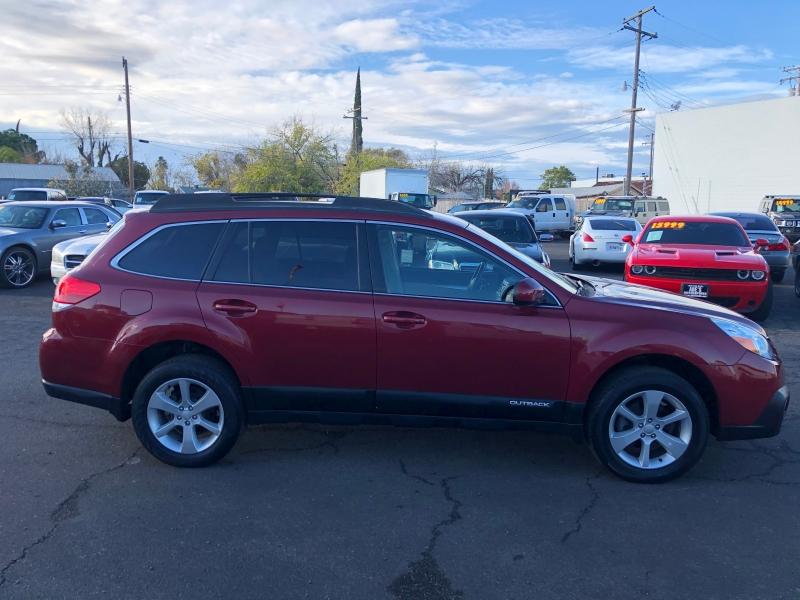 Subaru Outback 2013 price $13,500