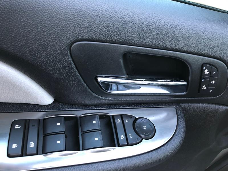 Chevrolet Suburban 2007 price $11,999