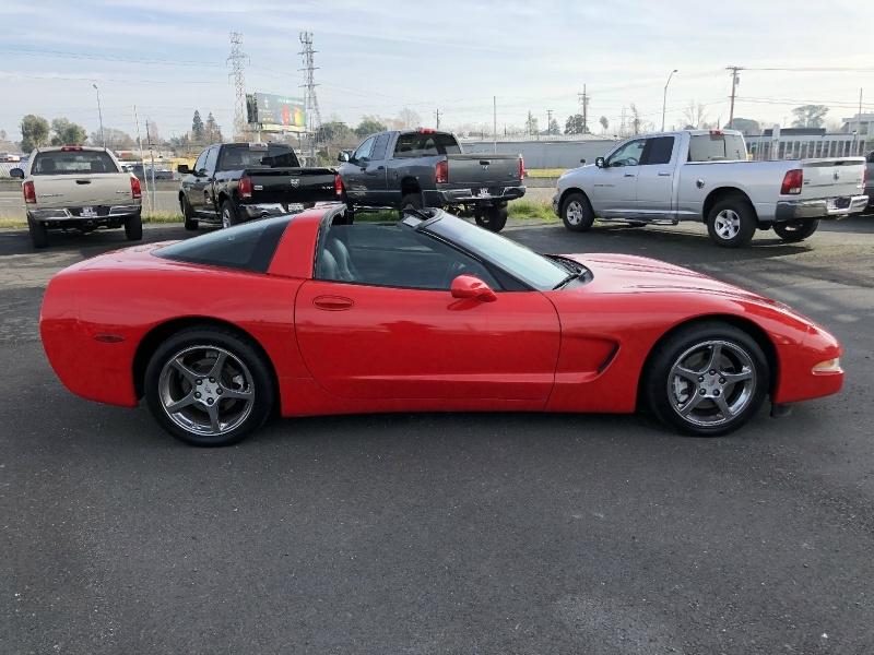 Chevrolet Corvette 2003 price $10,999