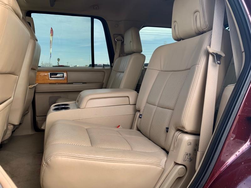 Lincoln Navigator 2010 price $11,999