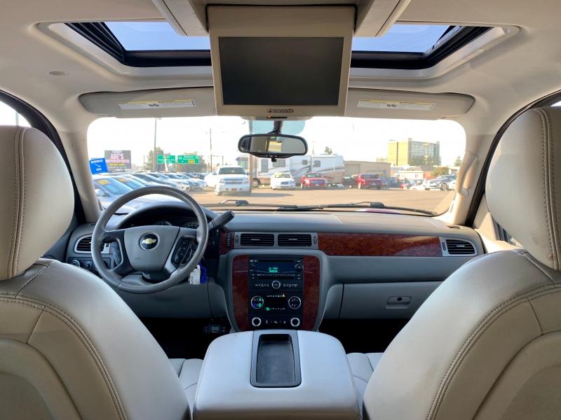 Chevrolet Suburban 2010 price $12,999