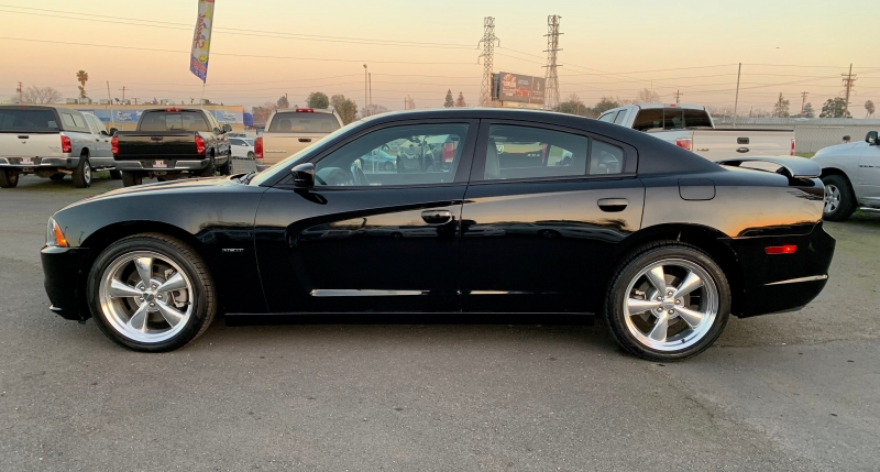 Dodge Charger 2012 price $17,999