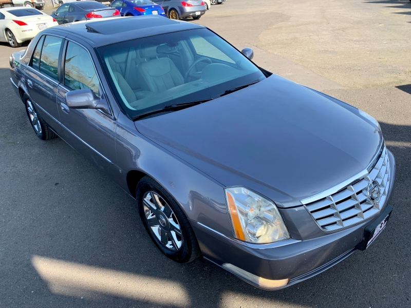 Cadillac DTS 2007 price $7,500