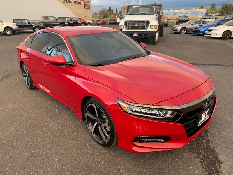 Honda Accord 2018 price $21,999