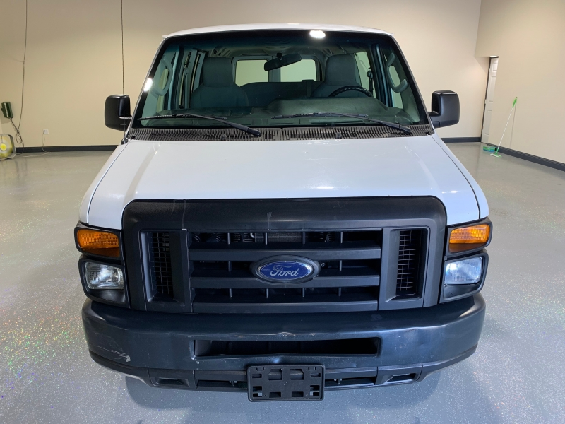 Ford Econoline Wagon 2009 price $10,500