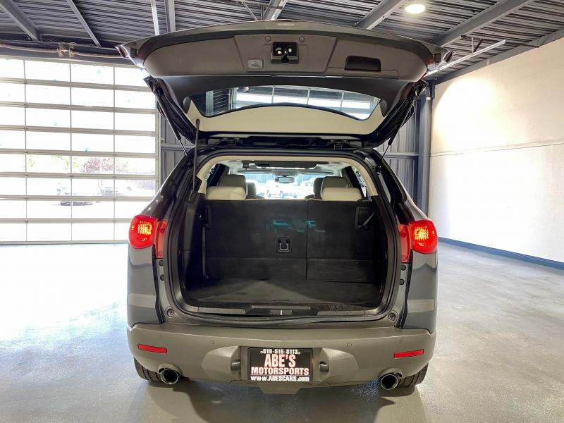 Chevrolet Traverse 2011 price $10,999