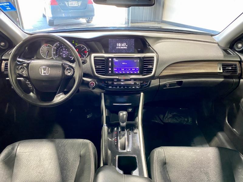 Honda Accord 2016 price $17,999