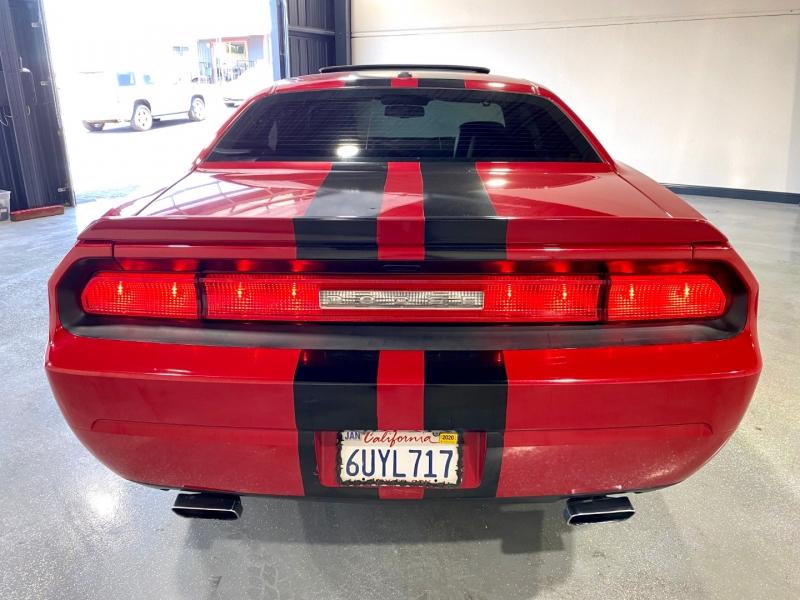 Dodge Challenger 2012 price $15,999