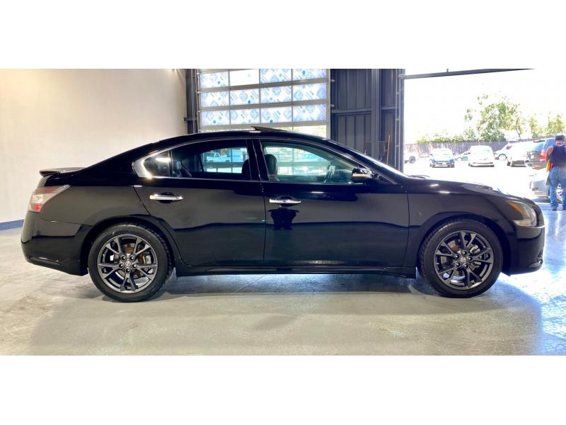 Nissan Maxima 2012 price $12,999