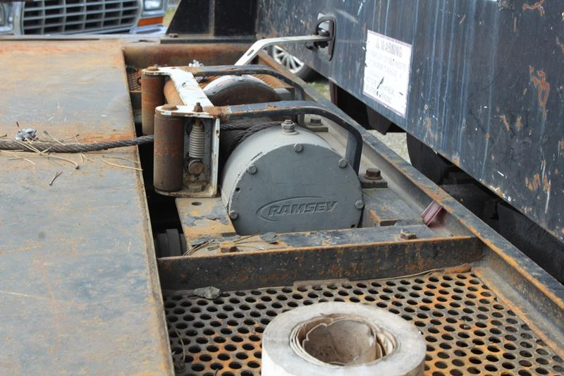 GMC C6500 2000 price $8,595