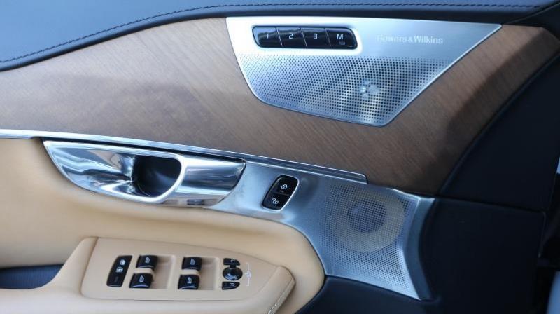 VOLVO XC90 PLUG IN HYBRID 2016 price $29,995