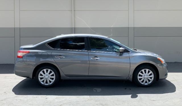 Nissan Sentra 2015 price $7,900