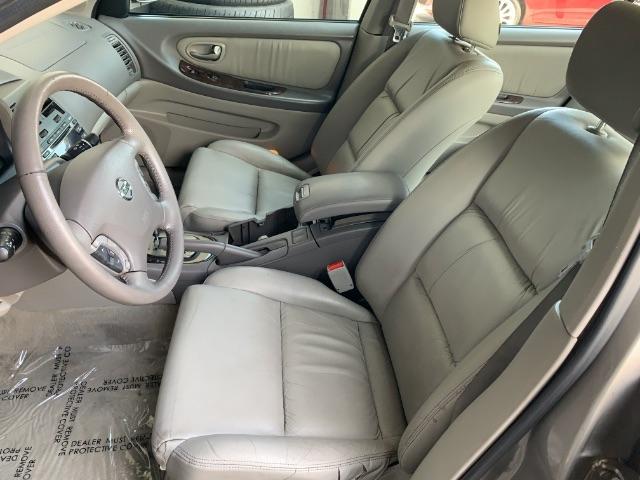 Nissan Maxima 2002 price $3,900