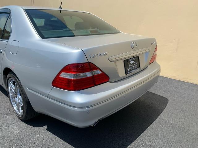 Lexus LS 430 2004 price $5,900