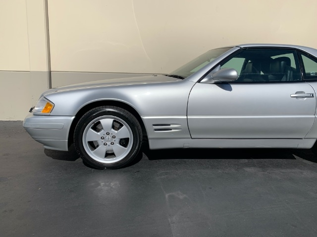 MERCEDES-BENZ SL-CLASS 2000 price $18,900