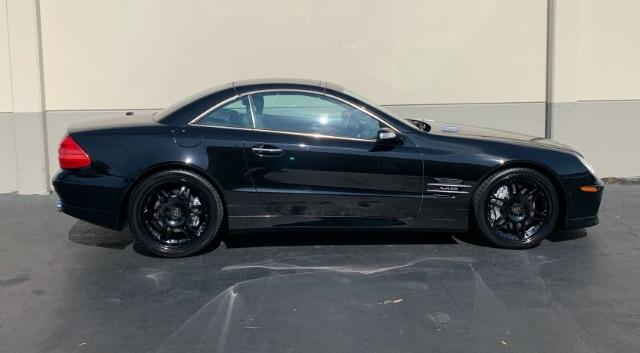 Mercedes-Benz SL-Class 2006 price $44,800