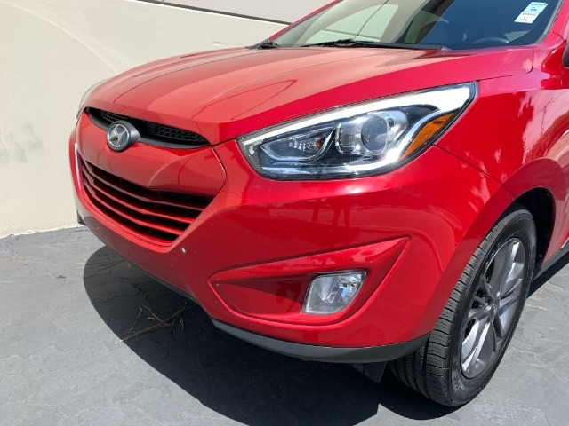 Hyundai Tucson 2015 price $10,900