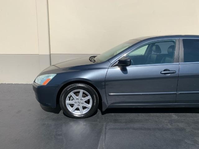 Honda Accord 2004 price $3,949
