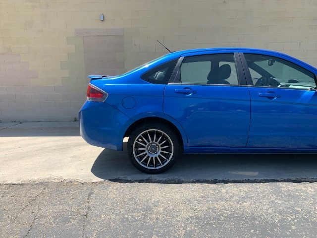 Ford Focus 2011 price $5,900
