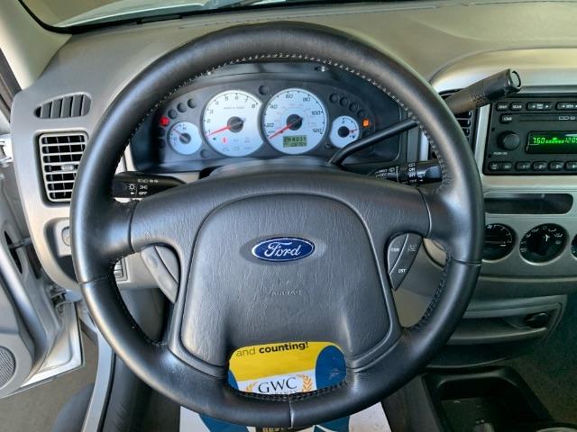 Ford Escape 2003 price $4,900