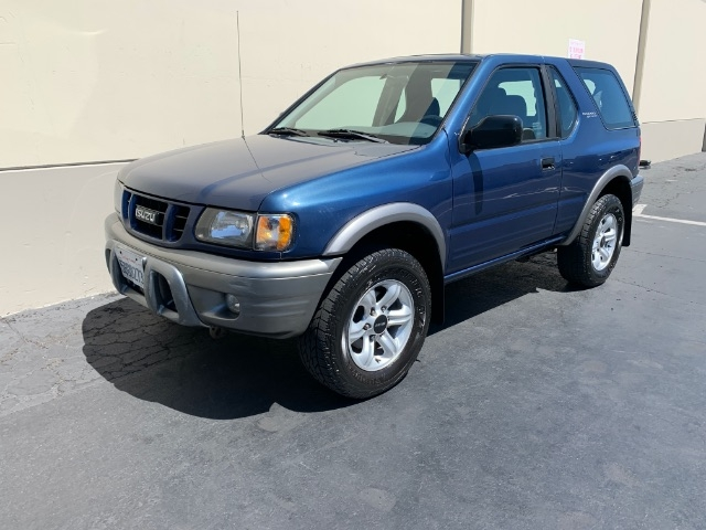 Isuzu Rodeo Sport 2002 price $4,900