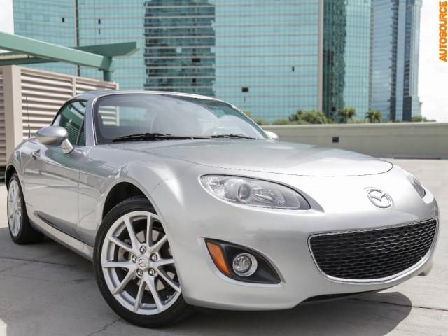 2012 Mazda MX-5 Miata Convertible