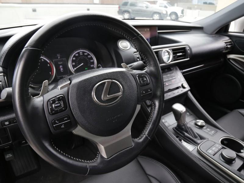 Lexus RC200t 2016 price $32,995