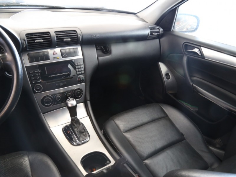 Mercedes-Benz C230 2005 price $2,995