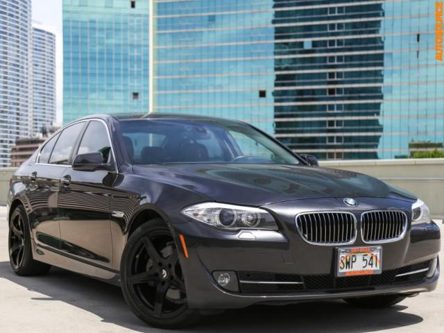 2011 BMW 528i PREMIUM