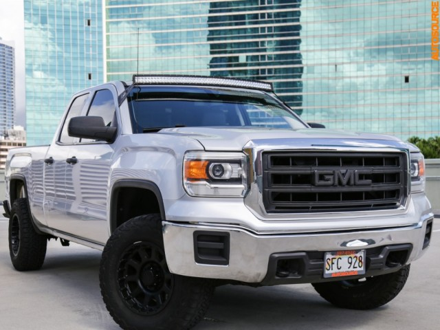 2014 GMC LIFTED 4WD Sierra