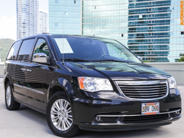 2014 Chrysler Town Country Limited